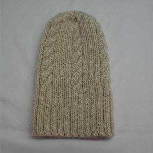 22F Rib & Cable Hat 307a Ecru