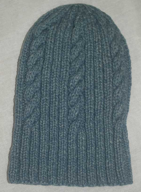 22F Rib & Cable Hat Marlin extended