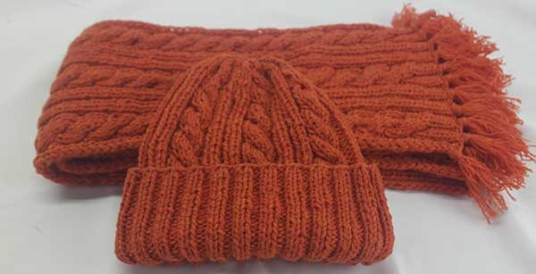 22F Rib & Cable Hat & Scarf Set Spice