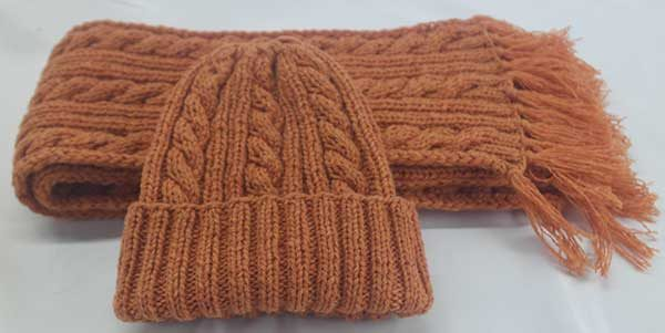 22F Rib & Cable Hat & Scarf Set Cantelope