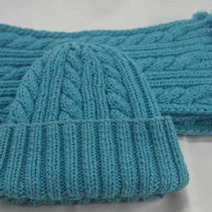 22F Rib & Cable Hat & Scarf Set Blue