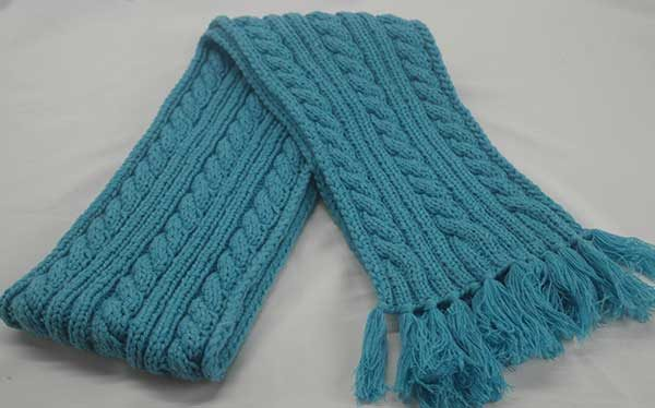 22F Rib & Cable Hat & Scarf Set