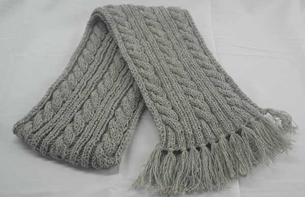 22F Rib & Cable Hat & Scarf Set Silver