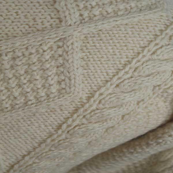 223 Rhu Sweater 266c Cream D002