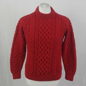 1A Country Meetings Crew Neck Sweater 287a Hollyberry