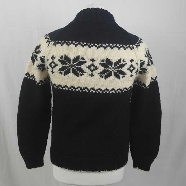 206 Balloch Buttoned Sweater Navy-Natural