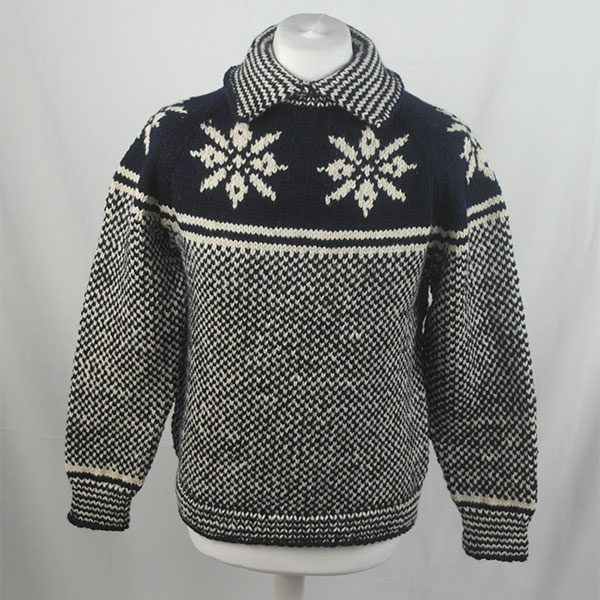 30D Swedish Snowflake Henley Sweater 326a A Navy-Natural