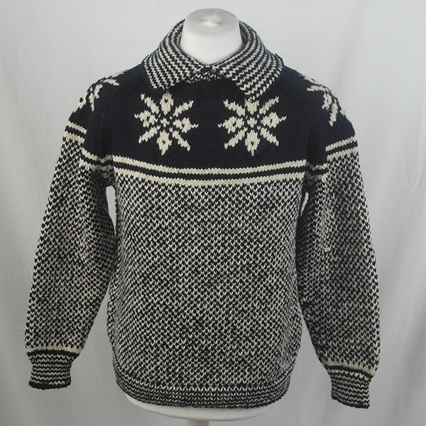 30D Swedish Snowflake Henley Sweater 326a B Navy-Natural