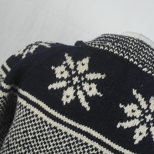 30D Swedish Snowflake Henley Sweater 326c B Navy-Natural