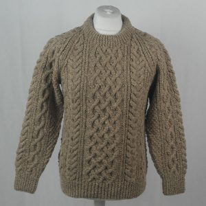 1A Country Meetings Crew Neck Sweater 379a Hemp Beige 10