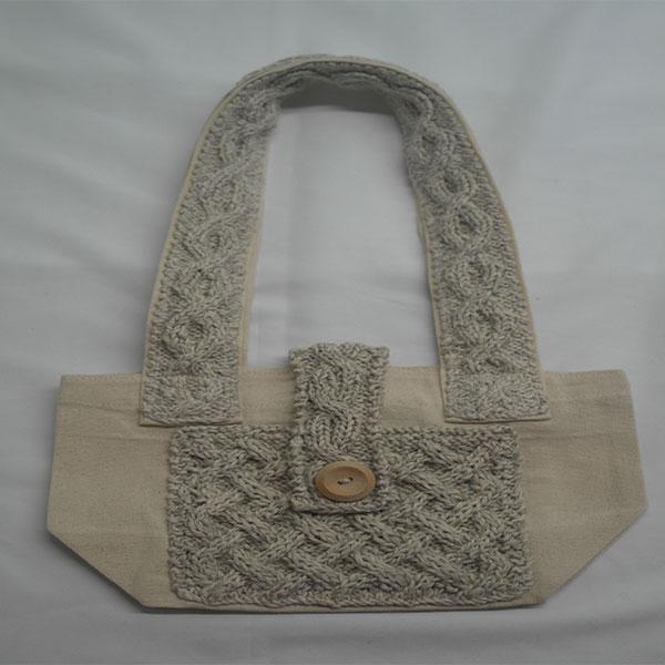 Trellis Shoulder Bag 368a Natural