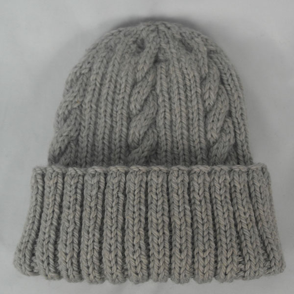 22F Rib & Cable Hat 471a Seagull