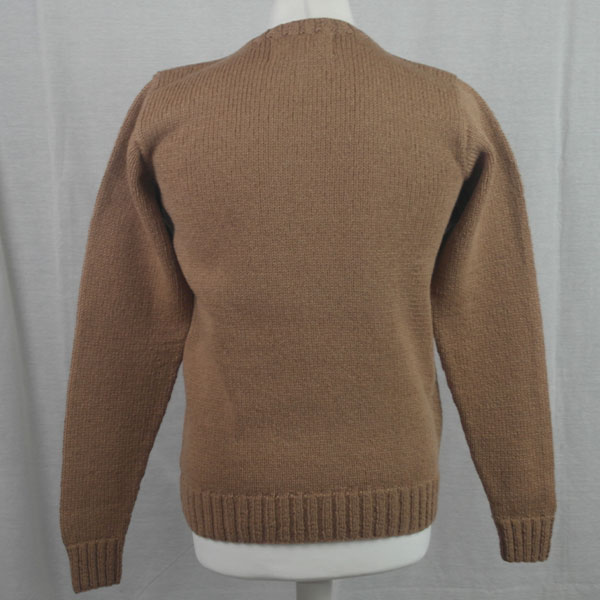 1Z Hand Framed Crew Neck Sweater 473b Camel